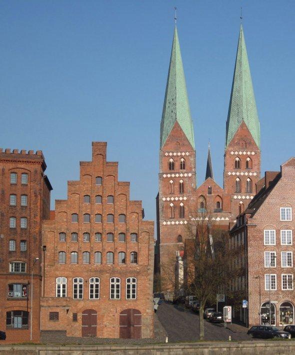 Lübecker Altstadt - Alfstrasse - Marienkirche